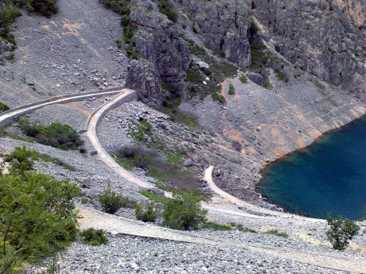 Chodník k Modrému jazeru, Imotski, Chorvátsko