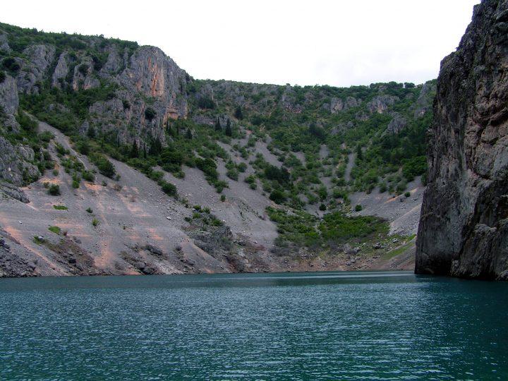 Hladina Modrého jazeru, Imotski, Chorvátsko